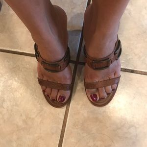 Banana Republic Sandals 👡